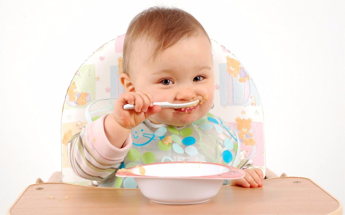 Investigadores trabajan en tratamientos para evitar alergias en bebés
